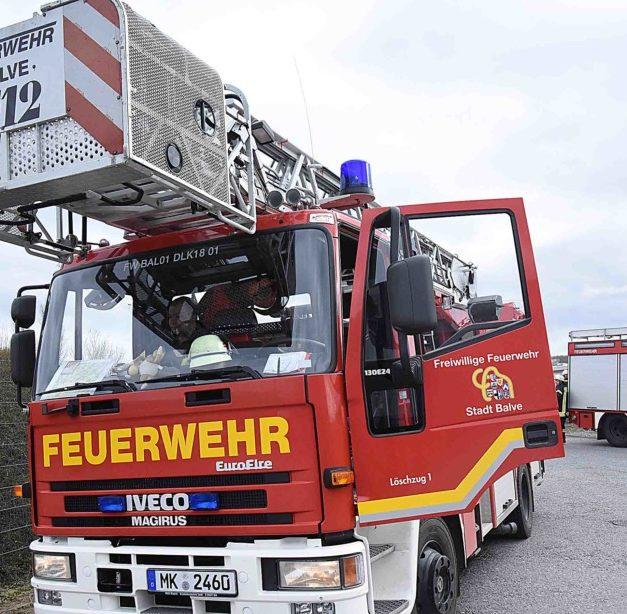 GARBECK: Feuerwehr in Firma ALCAR im Einsatz