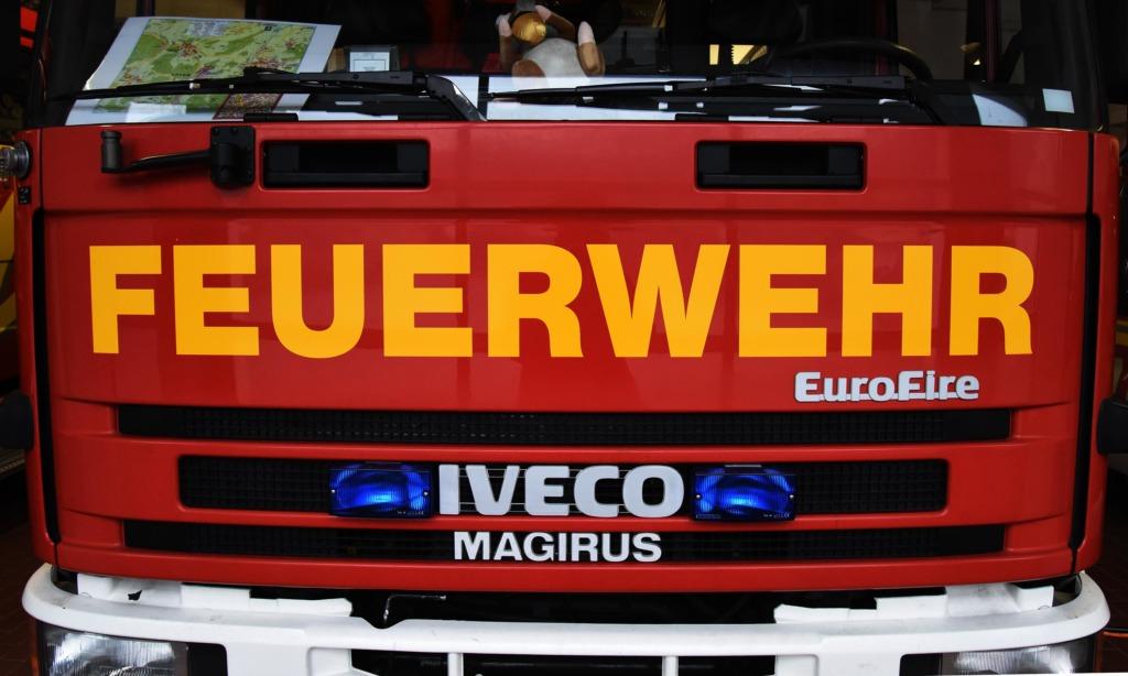 Wohnhausbrand – Hausbewohner verletzt