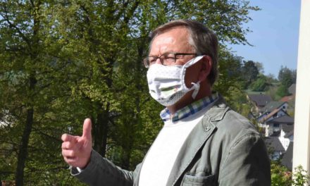 BALVE: Stadtverwaltung empfängt nur maskierte Bürger im Rathaus