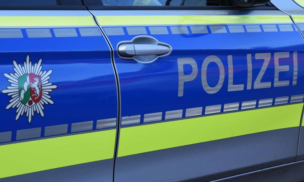Einbruch und Pkw-Aufbrüche angezeigt – Iserlohner Polizei sucht Zeugen