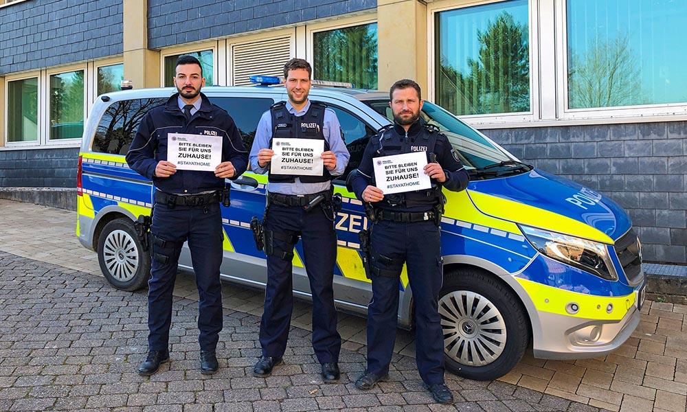 Polizei sucht Porschefahrer