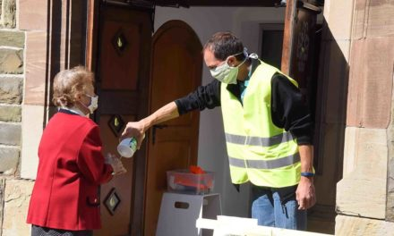 Mund-/Nasenschutz und Kälte halten Einzug in die katholischen Kirchen