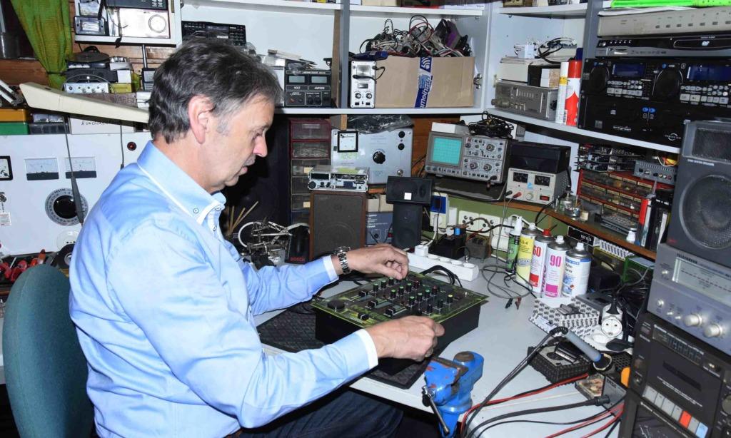 """Radio-/Fernseh-Technikermeister Helmut Schweitzer: """"Ich bin zufrieden, so wie es heute ist"""""""