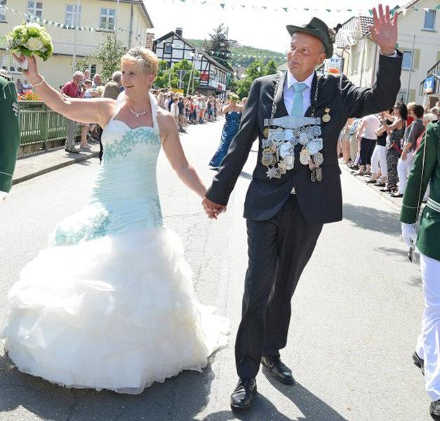 Garbecker Schützen trauern um Ex-König Roland Geuyen