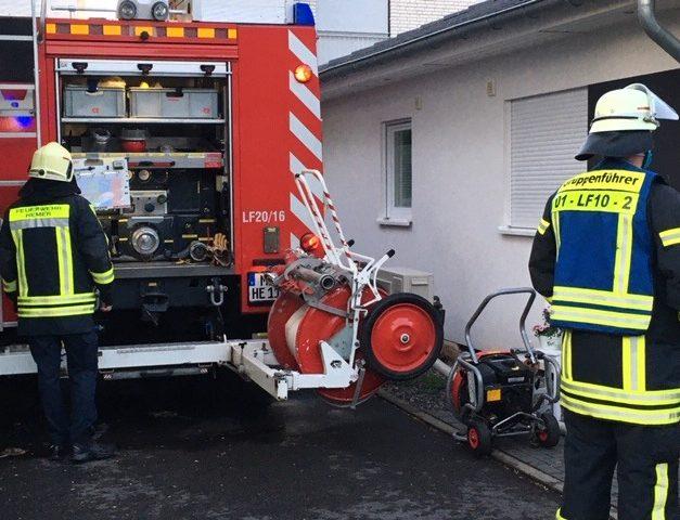 Früher Feuerwehreinsatz – Handtuch brannte
