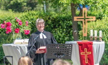 Pfarrer i.R. Quadbeck feiert Goldenes Ordinationsjubiläum in Balve – Anmeldung erforderlich