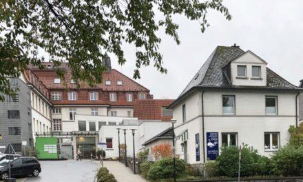 Unfallflucht am Gesundheits-Campus in Balve