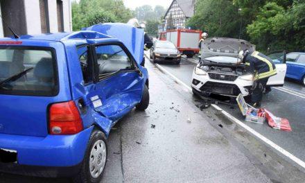 Neuenraderin verursacht Crash auf B 515 – Bürgermeister Zeuge