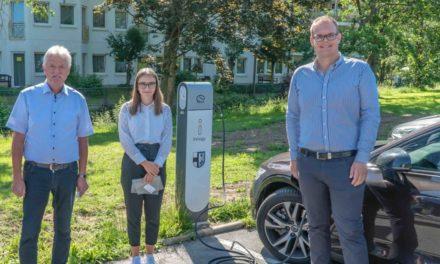 EILMELDUNG: Zweite öffentliche Ladesäule für Elektroautos in Betrieb