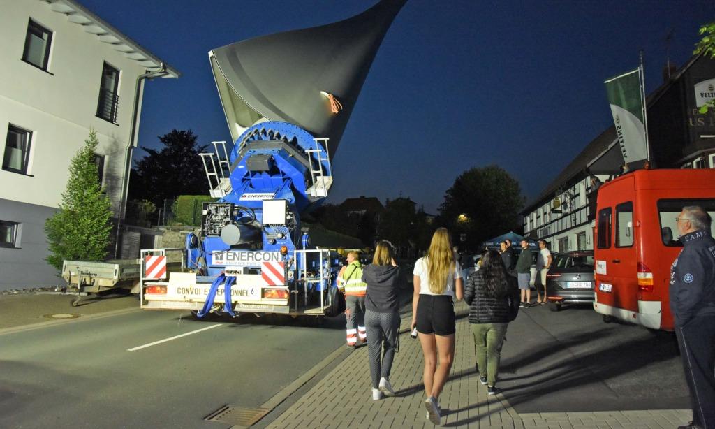 EILMELDUNG: Nächtlicher Windflügel-Tourismus hält weiter an