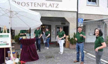 Balver Schützen und Hofstaat spenden 3.000 Euro für guten Zweck