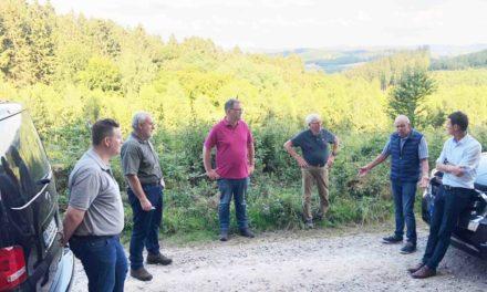 CDU informiert sich bei Bernward Lösse über Zustand des Waldes
