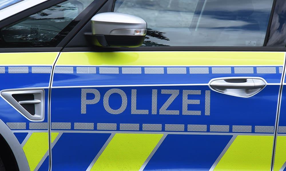 Dumm gelaufen: Fahranfänger fährt unter Beifall Drifts – Führerschein weg