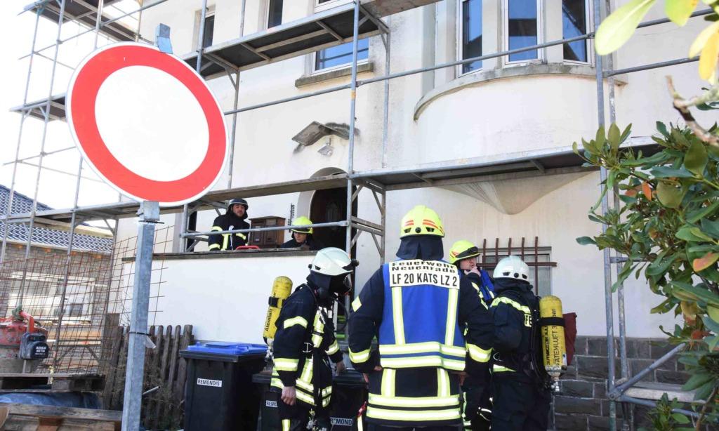 Feuer in Neuenrade – Ältere Dame muss evakuiert werden