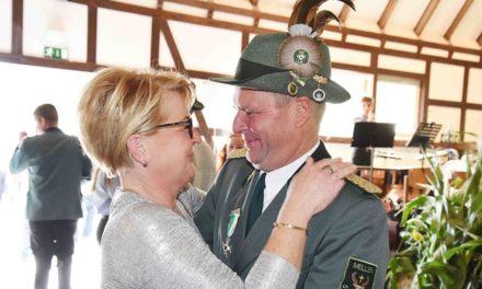 Adrian Wagner bleibt 2. Vorsitzender – Antreten am Montag an der Schützenhalle