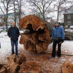 GEWINNSPIEL: Historische Eiche aus Neuenrader Stadtpark jetzt auf dem Esstisch